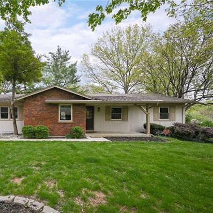 Rent this 3 bed apartment on 9727 Aberdeen Drive in Overland Park, KS 66206
