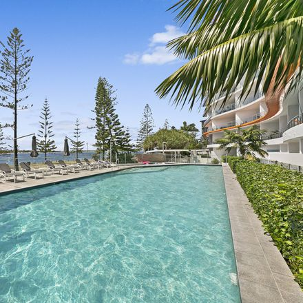Rent this 1 bed apartment on 901/430 Marine Parade