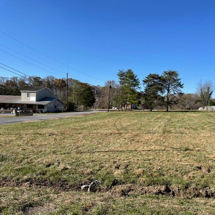 Rent this 0 bed apartment on New Beason Well Road in Kingsley Hills, TN 37660