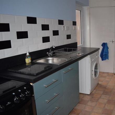 Rent this 2 bed house on Serendipity's in 32 Nottingham Road, Rushcliffe NG13 8BH