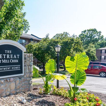 Rent this 2 bed apartment on BridgeBuilder Tax + Legal Services in Oak Street, Lenexa
