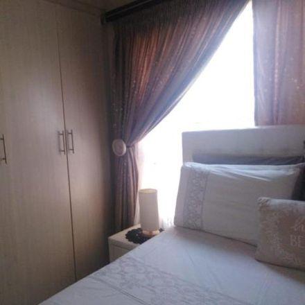 Rent this 2 bed house on Martini Henry Avenue in Elandspoort, Pretoria