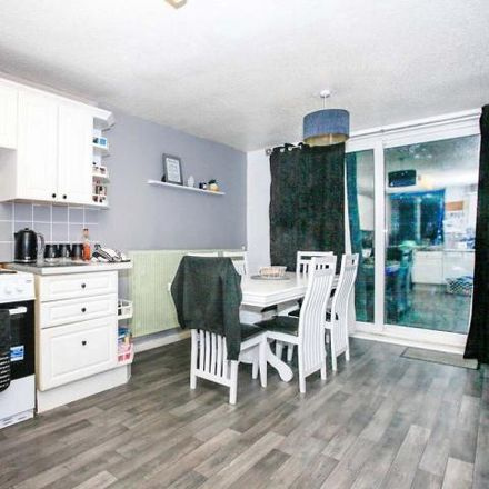 Rent this 3 bed house on Drayton in Peterborough PE3 9XL, United Kingdom