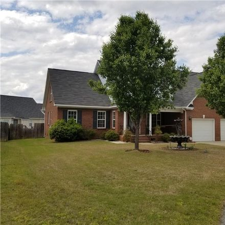 Rent this 5 bed house on 3406 Beckford Lane in Fayetteville, NC 28304