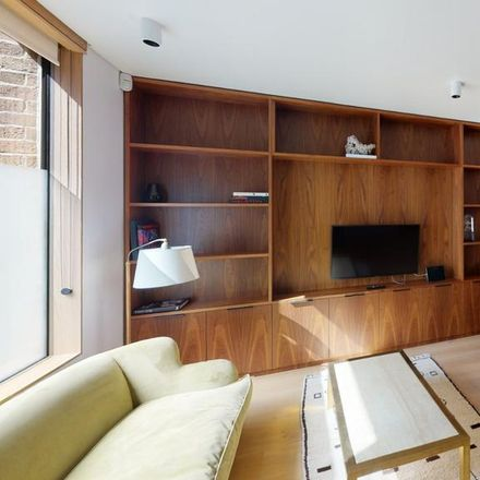 Rent this 1 bed house on 37 Weymouth Mews in London W1G 7EG, United Kingdom