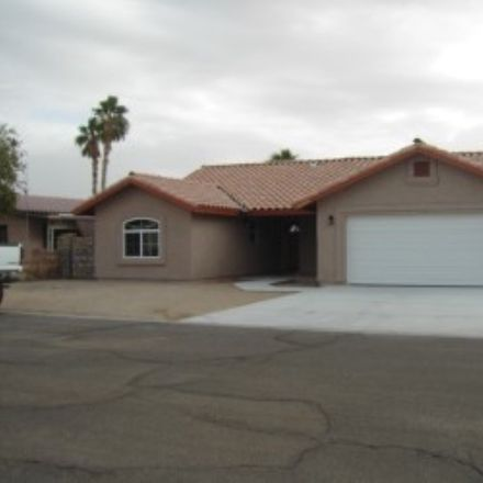 Rent this 3 bed house on E 35th Pl in Yuma, AZ