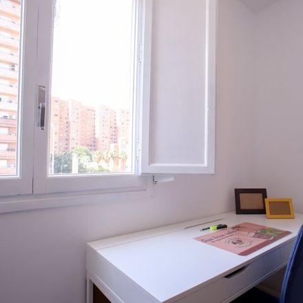 Rent this 5 bed apartment on Carrer de José María Haro (Magistrat) in 46000 Valencia, Spain