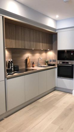 Rent this 2 bed apartment on Verto in 120 King's Road, Reading RG1 3DA