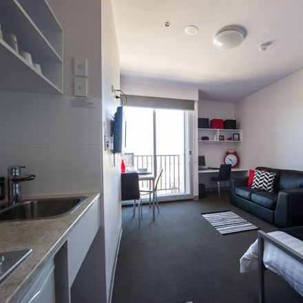 Rent this 1 bed room on 312/304 Waymouth Street