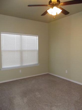 Rent this 3 bed duplex on Preston Trail in Wolfforth, TX 79382