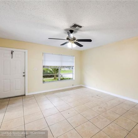 Rent this 2 bed duplex on SW 52nd Ct in Fort Lauderdale, FL