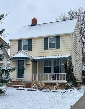 Rent this 3 bed house on 9817 Greenview Avenue in Garfield Heights, OH 44125