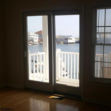 Rent this 3 bed apartment on 11 Chelsea Court in Atlantic City, NJ 08401