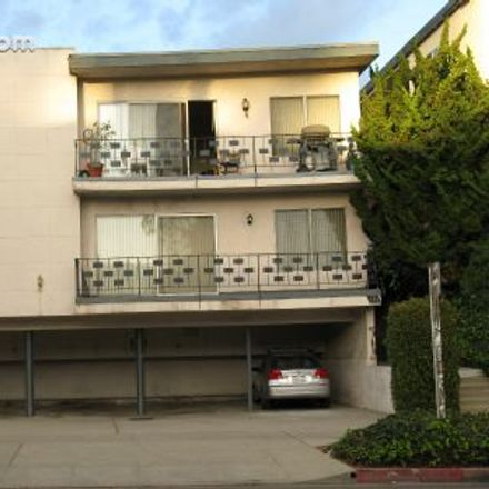 Rent this 1 bed apartment on 902 Lincoln Court in Santa Monica, CA 90403