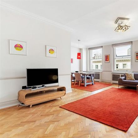 Rent this 2 bed apartment on Queen's Gate Gardens in London SW7 5RR, United Kingdom