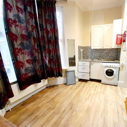 Rent this 1 bed apartment on Abbotsford Avenue in London N15 3BS, United Kingdom