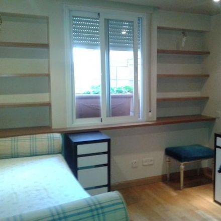 Rent this 3 bed room on Camino de Hoyarrasa in 3, 28109 Alcobendas
