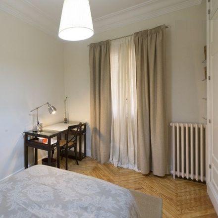 Rent this 6 bed room on Calle de Espronceda in 31, 28003 Madrid