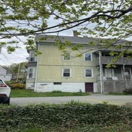 Rent this 6 bed house on 12 Preston Street in Millville, MA 01529