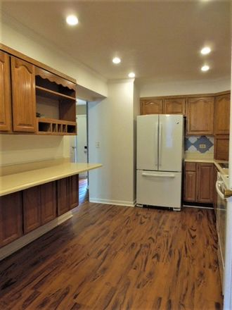 Rent this 3 bed townhouse on Walker Dr in Bolingbrook, IL