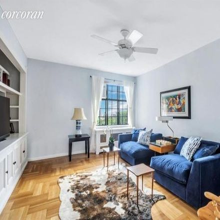 Rent this 5 bed condo on 140 Pinehurst Avenue in New York, NY 10033