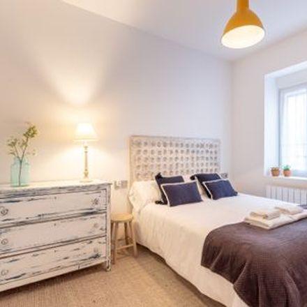 Rent this 2 bed apartment on Maite Chicote Sastre in Calle de los Doctores Landa, 50