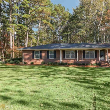 Rent this 3 bed house on Lee Thompson Rd in Moreland, GA