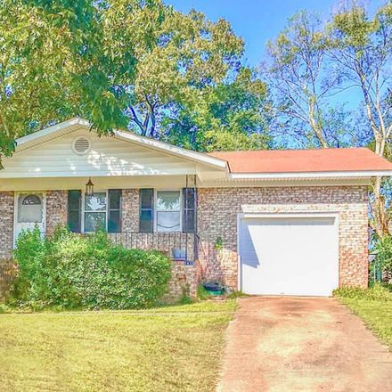 Rent this 3 bed house on 1418 Waccamaw Drive in North Augusta, SC 29841