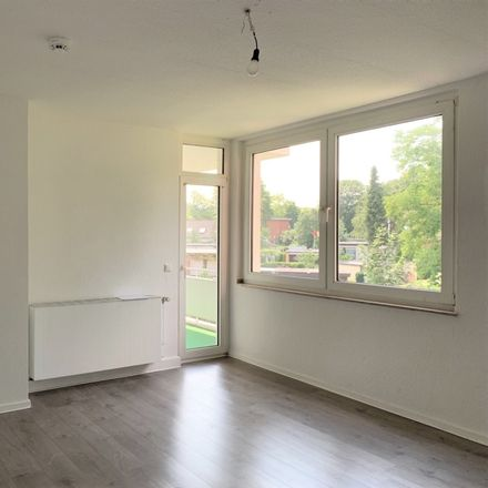 Rent this 3 bed apartment on Breddenkampstraße 34 in 45770 Marl, Germany