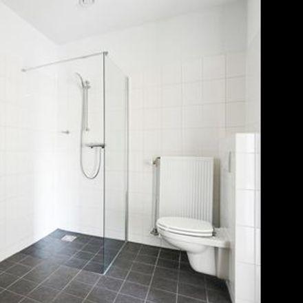 Rent this 2 bed apartment on De Kameleon in Kraaiennest, Amsterdam