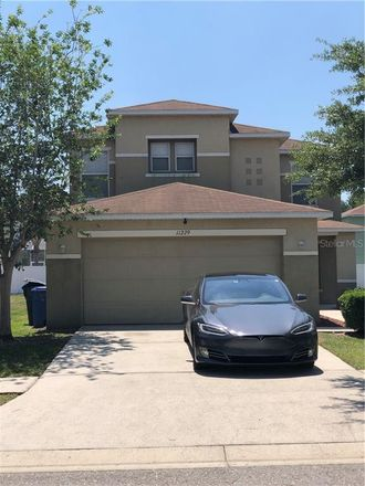 Rent this 3 bed loft on Blakeford Way in Land O' Lakes, FL