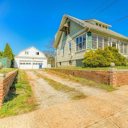 Rent this 3 bed house on North Brunswick Township in 793 Nassau Street, Berdines Corners