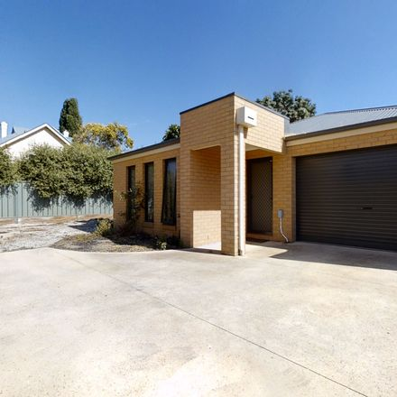 Rent this 2 bed house on 2/116A Havlin Street West