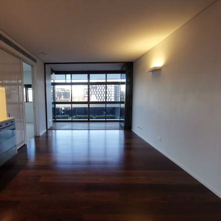 Rent this 2 bed apartment on 8 Park Lane