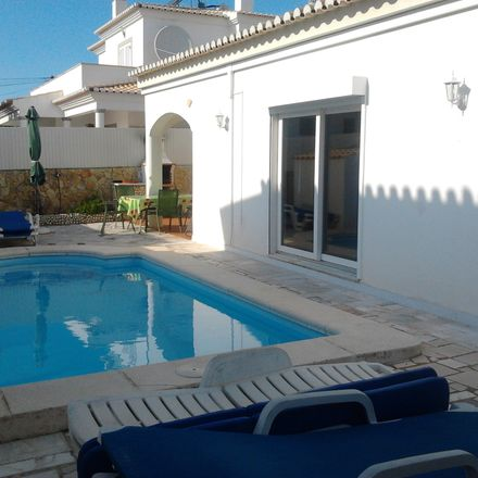 Rent this 3 bed house on Rua Alfredo José Barroso in 8500-012 Alvor, Portugal