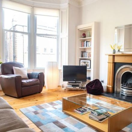 Rent this 3 bed apartment on 30 Highburgh Road in Glasgow G12 9EW, United Kingdom