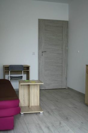 Rent this 1 bed room on Sikorskiego