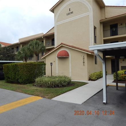 Rent this 2 bed condo on Kelly Sands Way in Fort Myers, FL