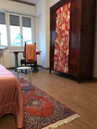 Rent this 4 bed room on Via Filippo Lippi in 37, 52100 Arezzo AR