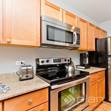 Rent this 1 bed apartment on 4607 North Sheridan Road in Chicago, IL 60640