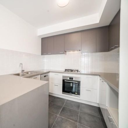 Rent this 2 bed apartment on 106/2-4 Kent Road