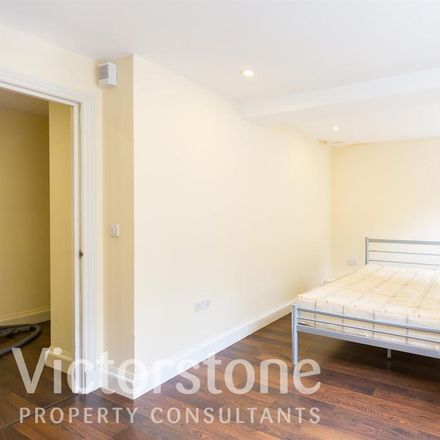 Rent this 1 bed apartment on Ingle Mews in London EC1R 1XR, United Kingdom