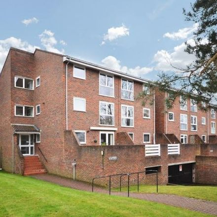 Rent this 2 bed apartment on Hayes Lane in London BR3 6SP, United Kingdom