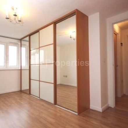 Rent this 2 bed apartment on Singapore Road Car Park in Singapore Road, London W13 0UF