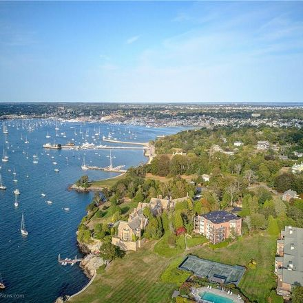 Rent this 2 bed condo on Ward 3 in 111 Harrison Avenue, Newport