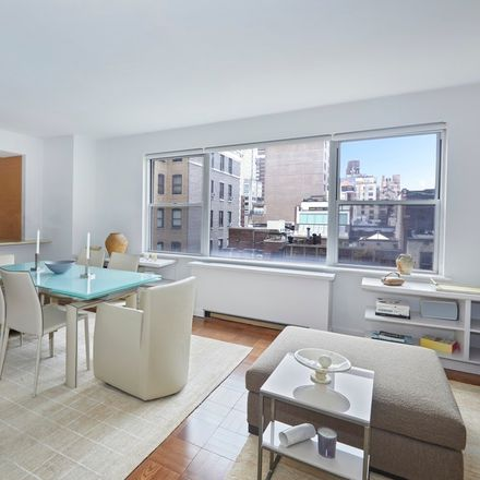 Rent this 1 bed condo on 8 East 83rd Street in New York, NY 10028