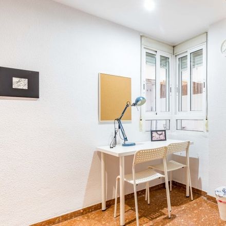 Rent this 9 bed apartment on Bar Cafeteria La Esquina in Carrer de la Pobla de Farnals, 46016 Valencia