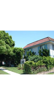 Rent this 1 bed apartment on 247 Avocado Street in Costa Mesa, CA 92627