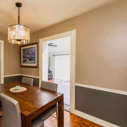 Rent this 2 bed house on 6125 North Saint Louis Avenue in Chicago, IL 60659