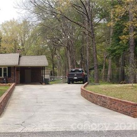 Rent this 3 bed house on 2963 Oakland Drive in Jones Crossroads, SC 29720
